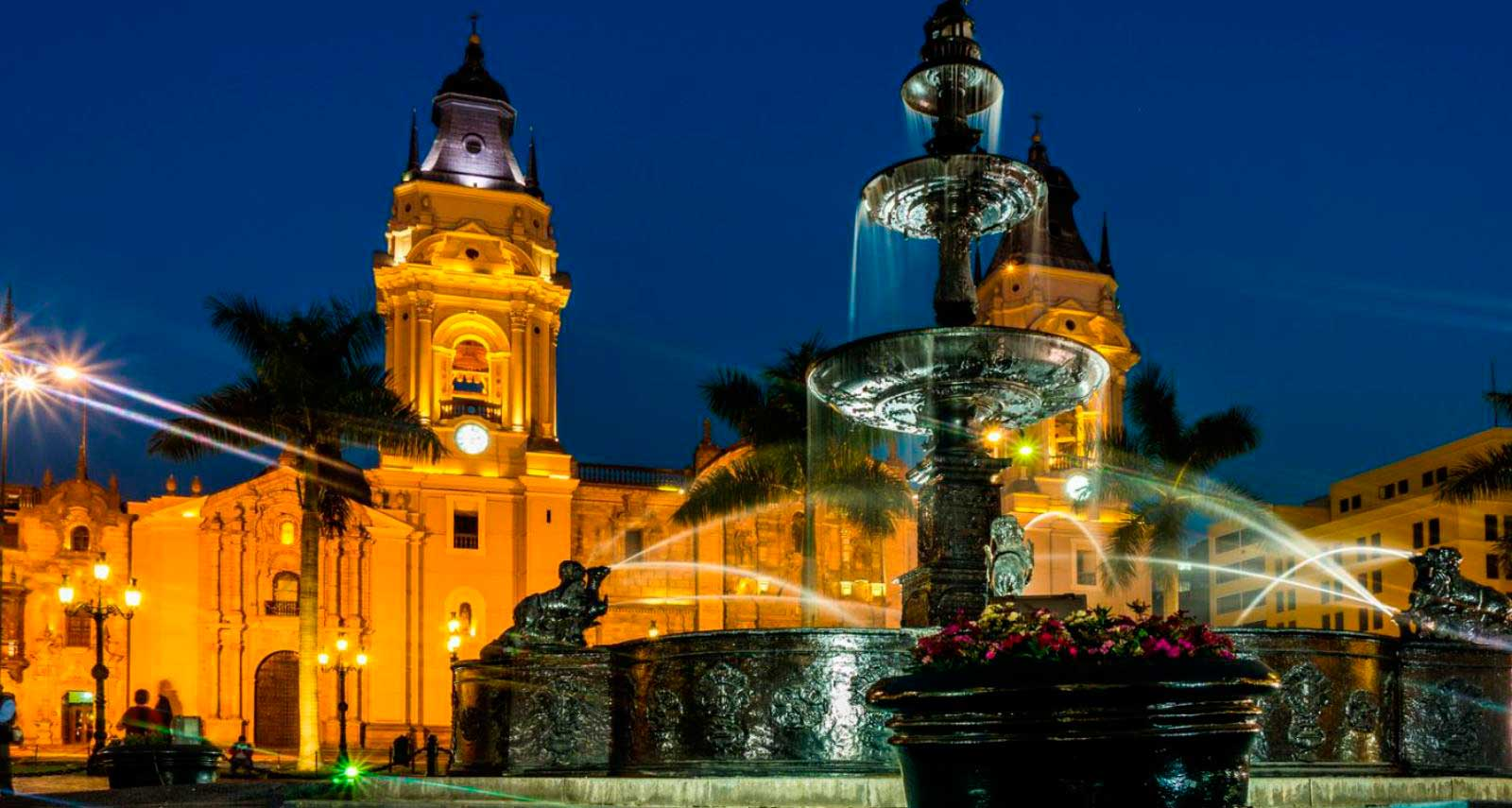main_square_old_colonial_city_tourism
